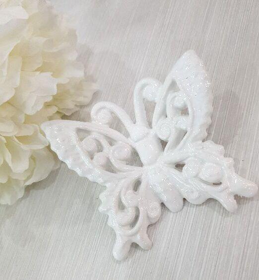 ceramica di puglia farfalle da appendere bianche