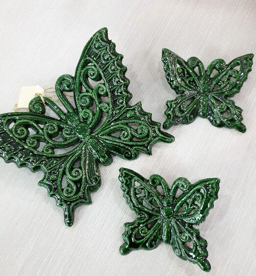 appendino in ceramica verde scuro di puglia