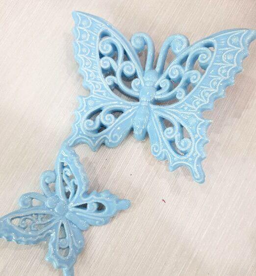 farfalla appendino ceramica di puglia
