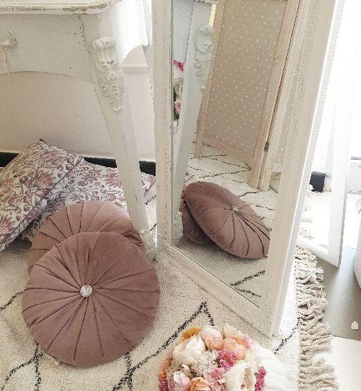 cuscino rosa tondo