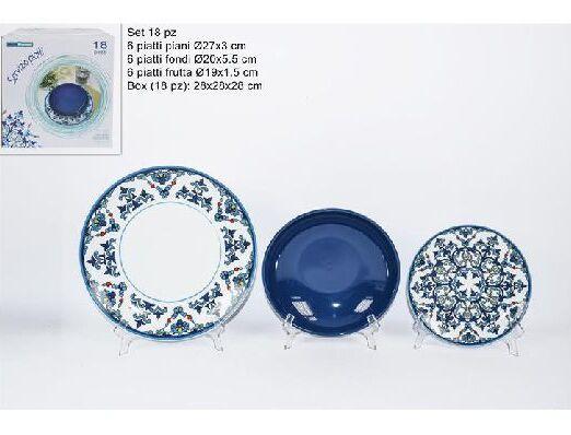 portata di piatti maioliche fondo blu