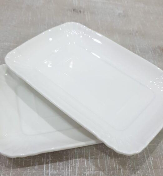 3 vassoi per alimenti in porcellana bianca