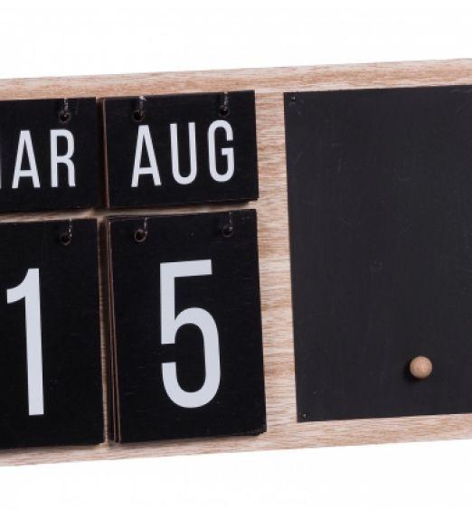 calendario in legno da muro