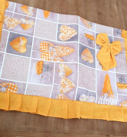 copricucina in tessuto decorato