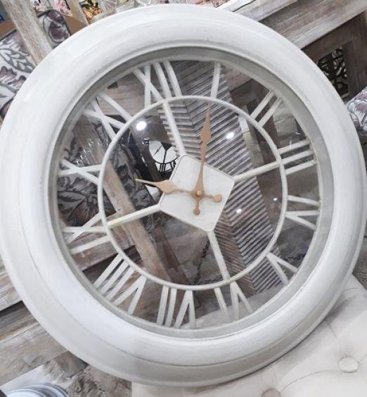 orologio bianco vintage