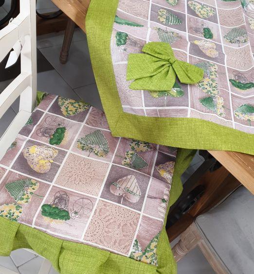 centro tavola in tessuto cuori verde