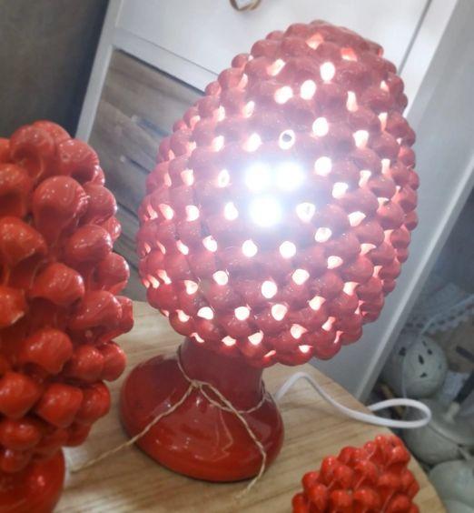 lampada led ceramica di Grottaglie traforata